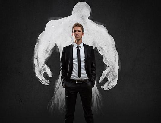 تصویر با کیفیت کسب و کار مفهومی مرد قدرتمند