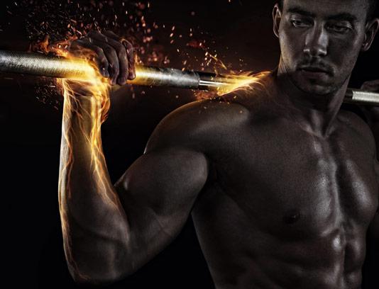 عکس با کیفیت مرد بدنسازی با دستان آتشین