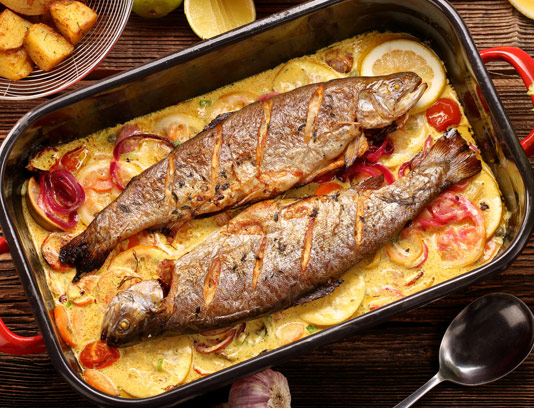 عکس با کیفیت ماهی قزل آلای سرخ شده