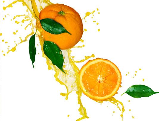 عکس با کیفیت پرتقال تازه به صورت برش خورده