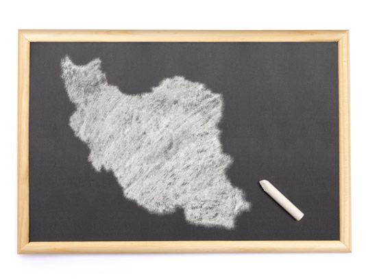 عکس نقشه ایران با کیفیت عالی بر روی تخته سیاه