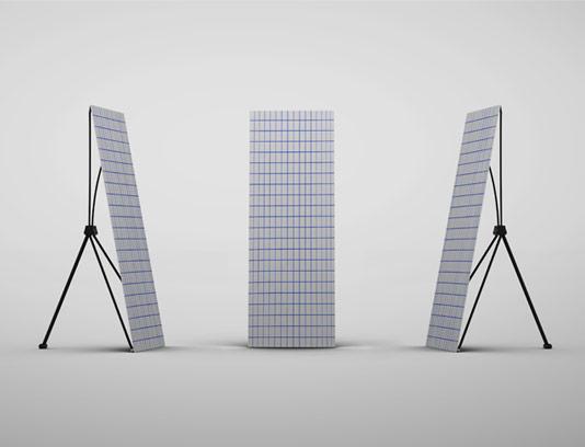 طرح لایه باز موکاپ استند بنر ایستاده در سه زاویه مختلف