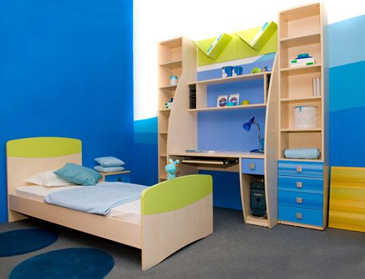 عکس با کیفیت طراحی داخلی اتاق کودک با تم آبی
