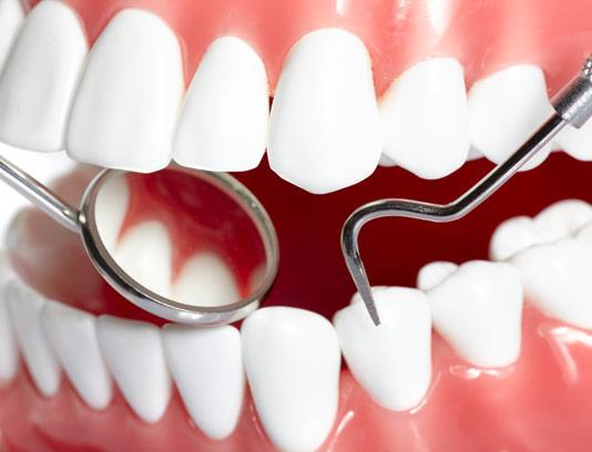عکس با کیفیت دندان های سالم و سفید