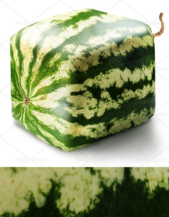 عکس با کیفیت میوه هندوانه به صورت مکعبی
