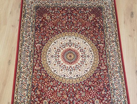 عکس با کیفیت فرش ایرانی اصیل