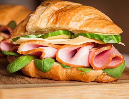 عکس با کیفیت ساندویچ ژامبون بوغلمون