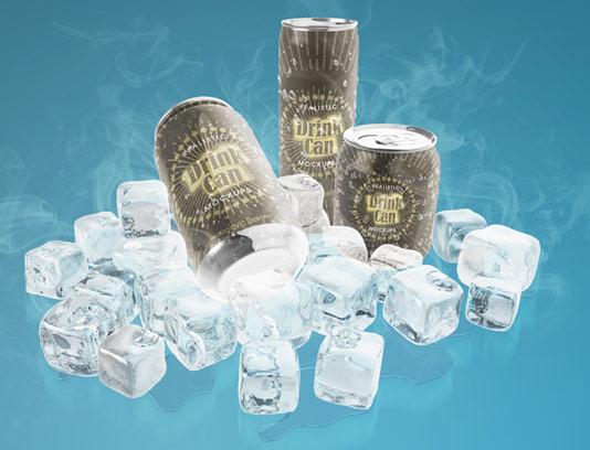 طرح لایه باز موکاپ قوطی های نوشیدنی با زمینه یخی و بخار