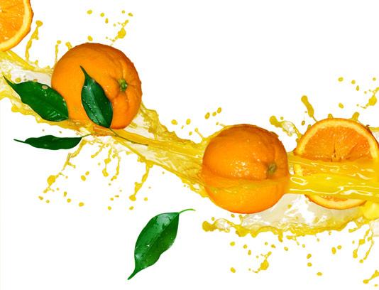 عکس پرتقال های برش خورده تازه با آپ پرتقال اسپلش شده