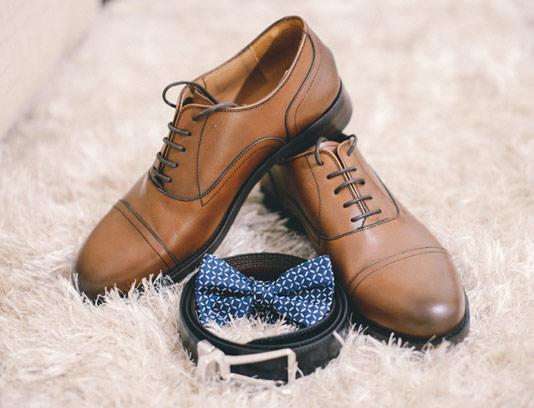 عکس با کیفیت کفش مردانه چرمی قهوه ای رنگ
