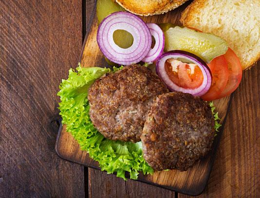 عکس با کیفیت مواد لازم برای ساندویچ همبرگر