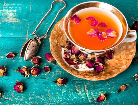 عکس با کیفیت چای ایرانی با گل محمدی