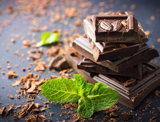عکس شکلات تخته ای با طعم نعناع