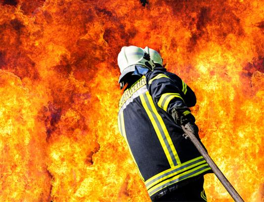 عکس با کیفیت آتشنشان