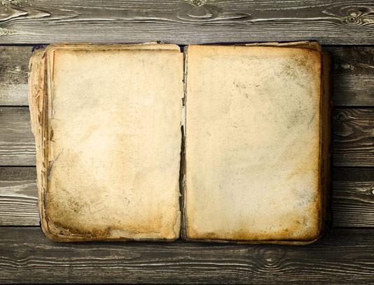 عکس با کیفیت کاغذ قدیمی کتاب