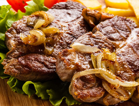 استیک گوشت گوساله با سبزیجات