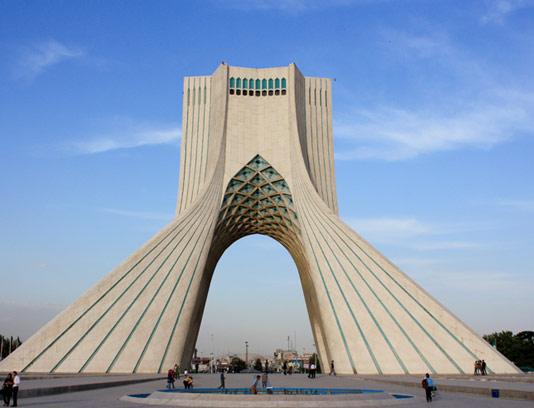 عکس با کیفیت برج آزادی تهران