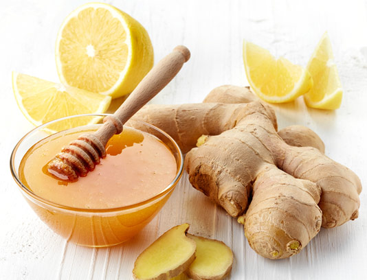 عکس با کیفیت زنجبیل و عسل همراه لیمو