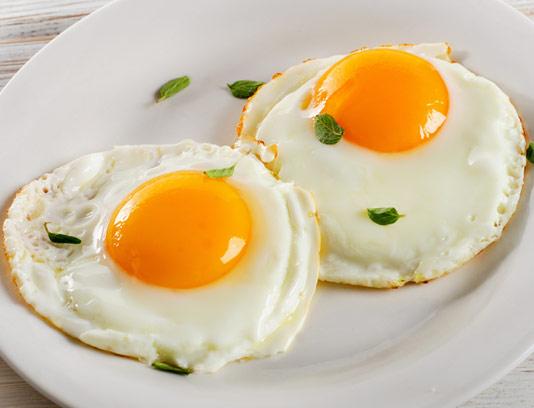 عکس با کیفیت تخم مرغ نیمرو