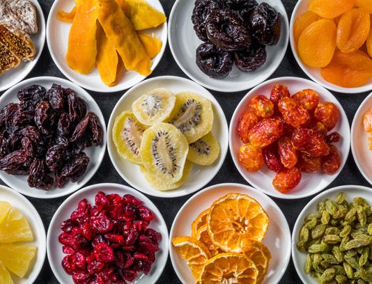 عکس با کیفیت میوه های خشک