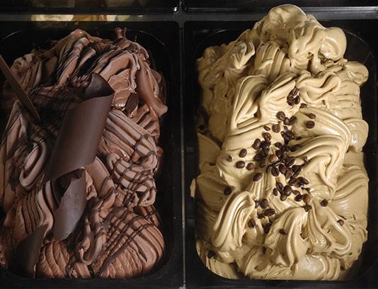 عکس بستنی نسکافه و کاکائویی