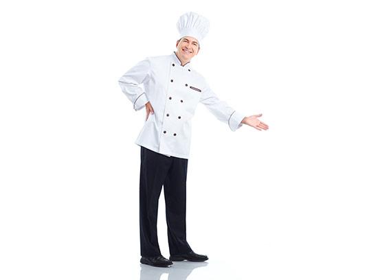 عکس سرآشپز ایستاده و خندان
