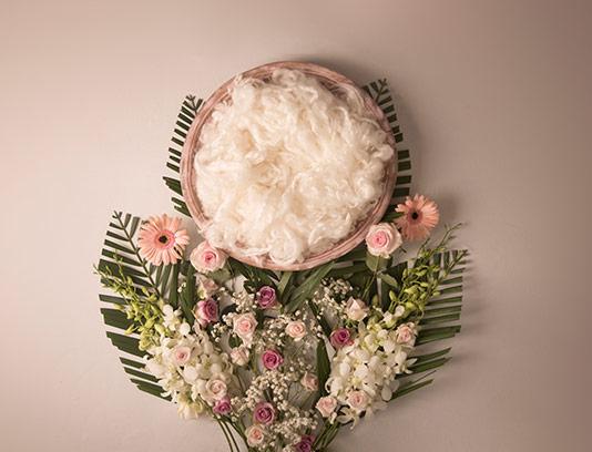 بک دراپ عکاسی نوزاد گل