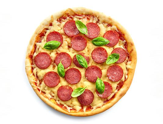 عکس پیتزا پپرونی با کیفیت