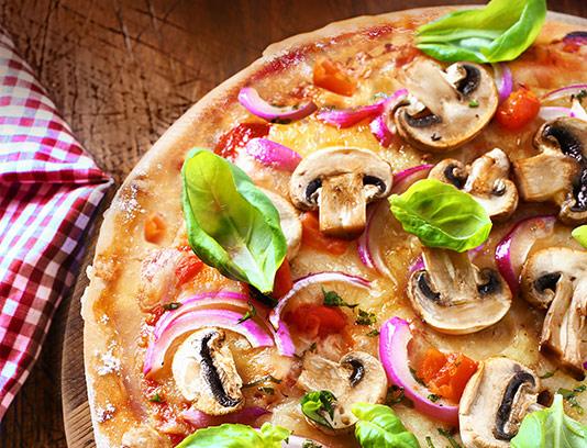 عکس پیتزا سبزیجات با کیفیت