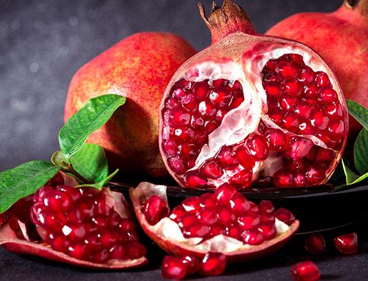 عکس انار قرمز تازه با کیفیت