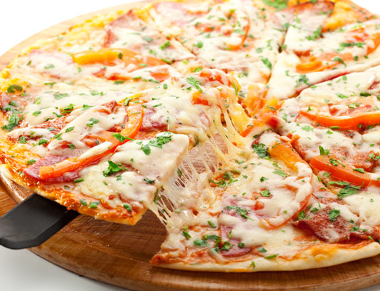 عکس پیتزا دونفره با کیفیت