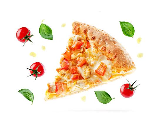 عکس برش پیتزا با گوجه