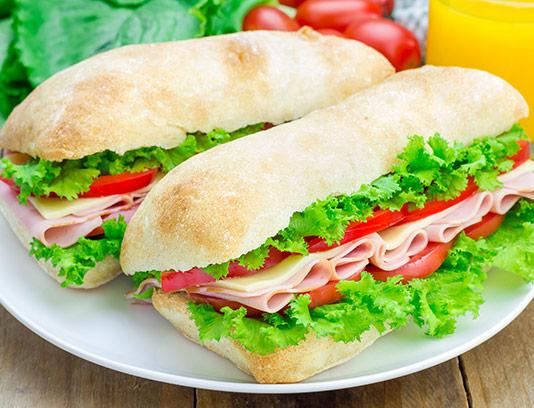 عکس با کیفیت ساندویچ ژامبون