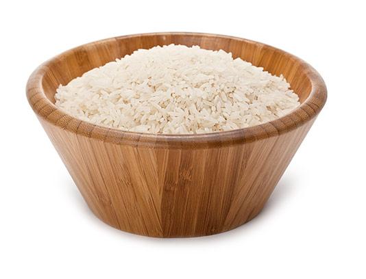 عکس برنج با ظرف چوبی