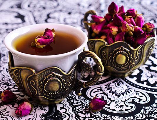 عکس فنجان چای با گل