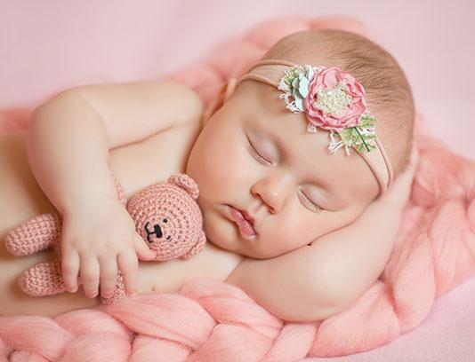 عکس نوزاد دختر خوابیده