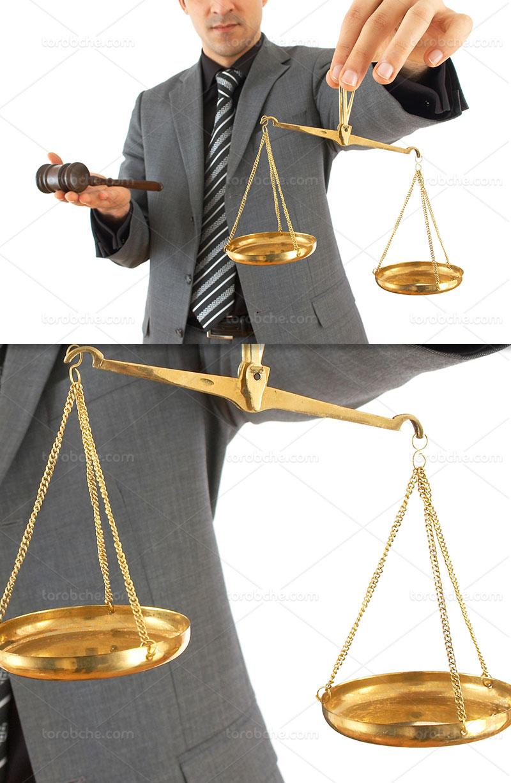 عکس ترازو و چکش عدالت