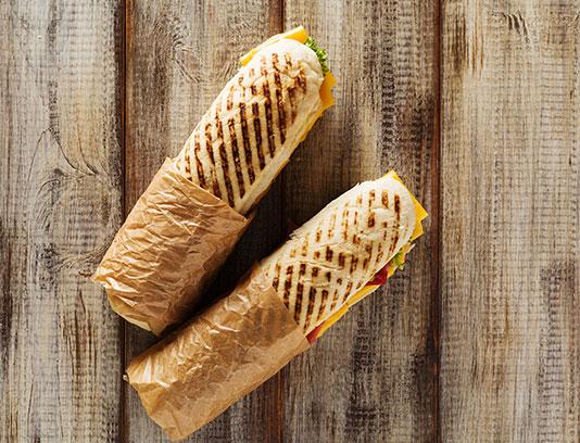 عکس ساندویچ ژامبون ایتالیایی